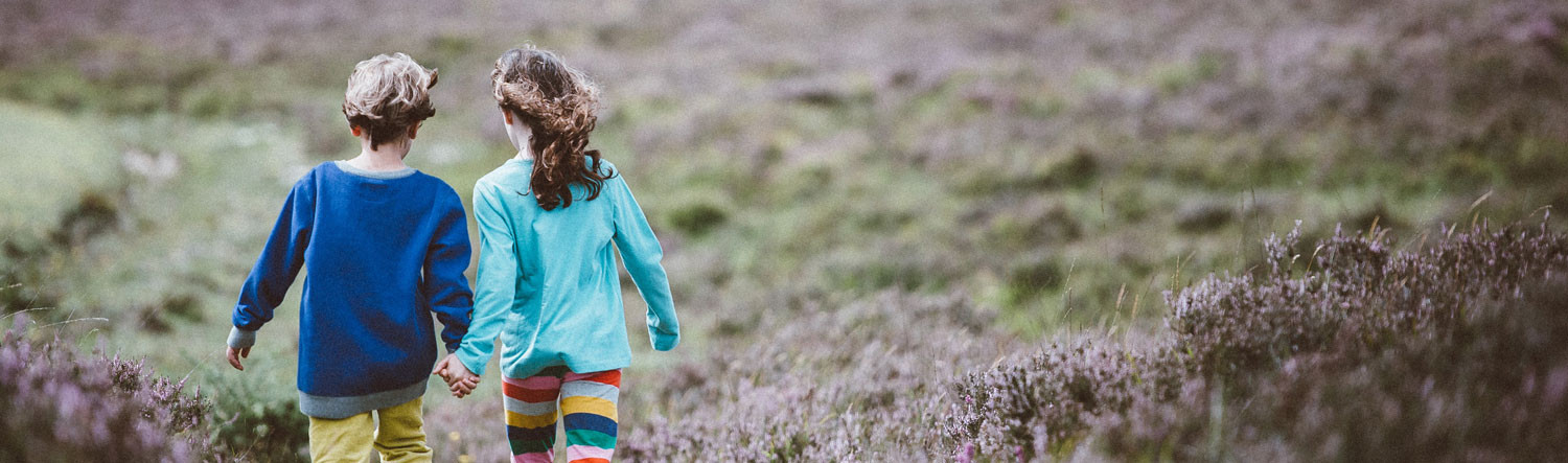 Outdoor kids photo by Annie Spratt on Unsplash